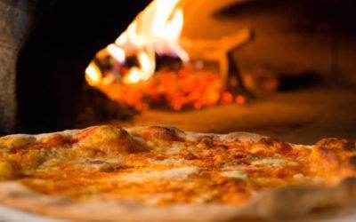 Pizza cotta nel forno a legna? Ecco perché è meglio!