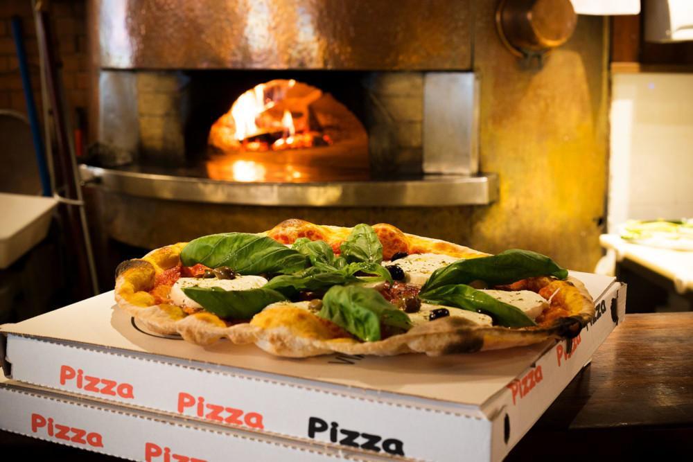 Pizza Take Away Milano: in Via Calvi c'è Le Specialità!