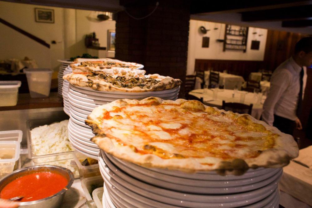 pizza con mozzarella di bufala per celiaci